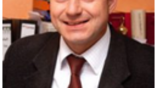 Adis Ahmetovic besucht das Grillfest der DLRG-Jugend